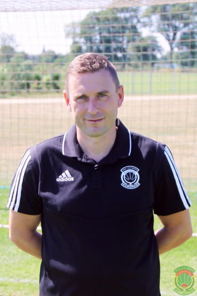 Trener - Tomasz Roth